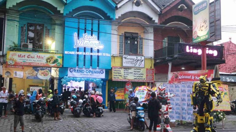 Outlet Kawi Malang