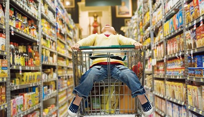 Gunakan 5 Cara ini untuk Atasi Si Kecil yang 'Berulah' di Pusat Perbelanjaan