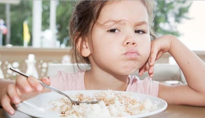 5 Tips untuk Mengatasi Anak yang Susah Makan