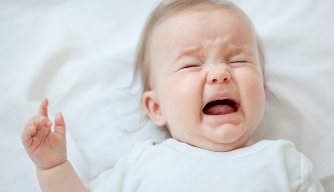 5 Cara Mengatasi Bayi Kolik yang Mudah dan Nyaman