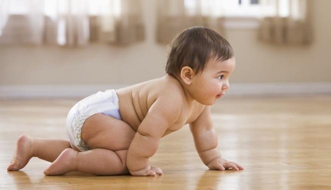 Ini Lho 5 Alasan Pentingnya Fase Merangkak Bagi Bayi