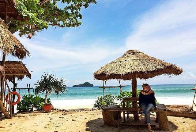 Weekend di Malang? Liburan ke Pantai-pantai Indah ini Aja!