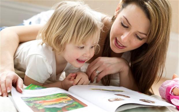 7 Cara Ampuh Mengajari si Kecil Jago Membaca