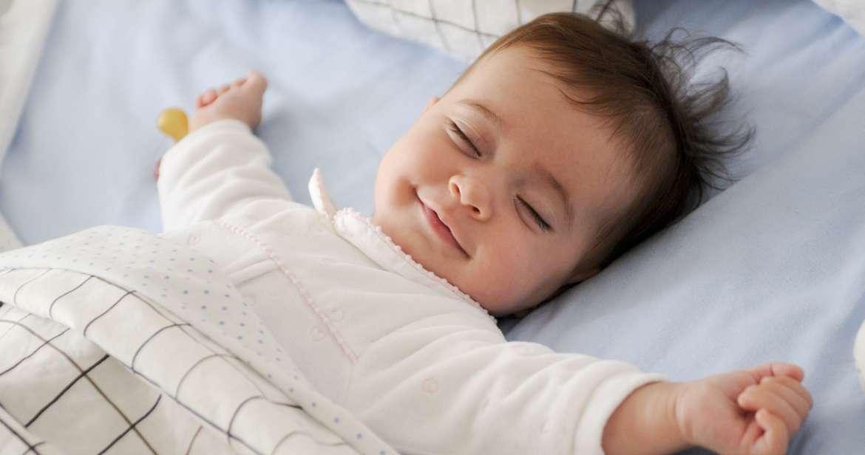 5 Trik Agar Bayi Tidur Nyenyak dan Berkualitas, Praktekkan yuk Bunda!
