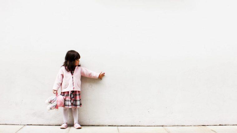 Tips Menghadapi Si Kecil yang Memiliki Teman Khayalan