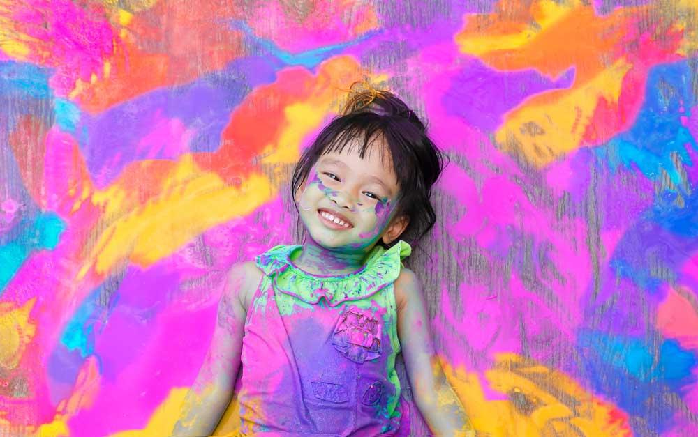 7 Cara Cerdas Untuk Meningkatkan Kreativitas Anak yang Wajib Bunda Ketahui!