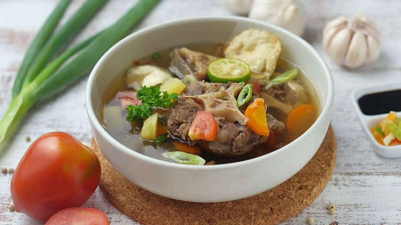 6 Makanan Yang Cocok disajikan Untuk Keluarga Saat Hujan