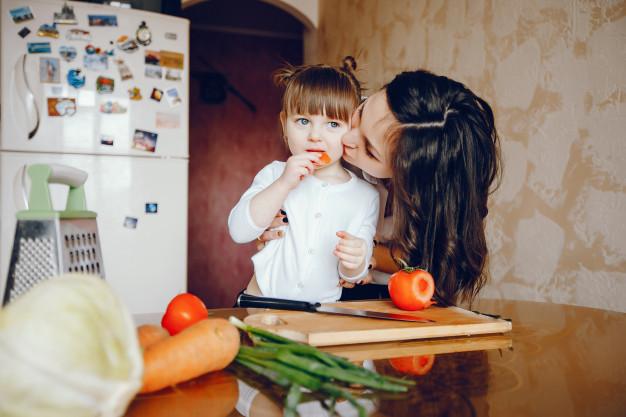 4 Siasat Atasi Si Kecil Yang Susah Makan Sayur!