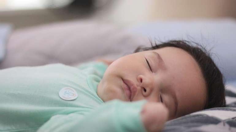 Tips Agar Si Kecil Bisa Tidur Nyaman Saat Cuaca Panas